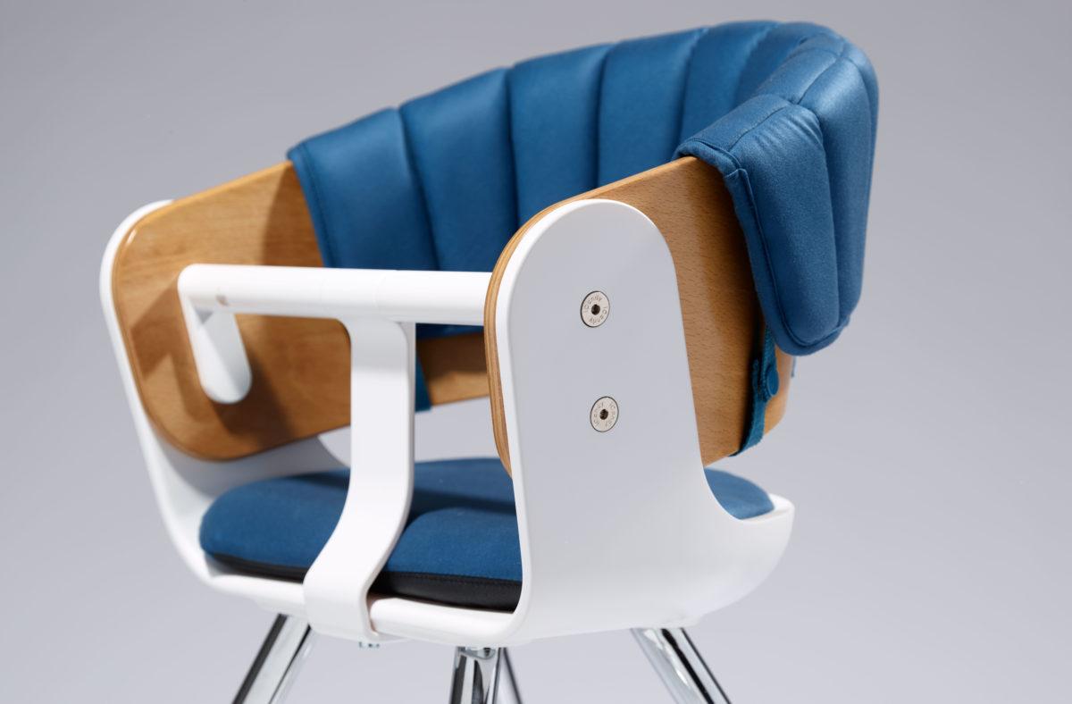 iCandy-Mi-Chair-close-up-Blue-jpg